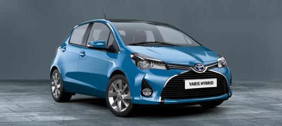 Nuova Yaris Hybrid Cool