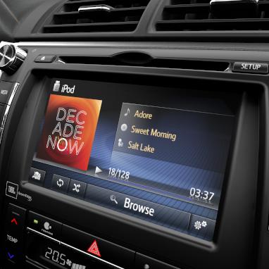 """Мультимедийная система Toyota Touch 2 с функцией прокрутки меню """"Flick function"""""""